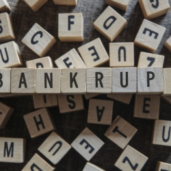 Can I continue as a company director if I'm going bankrupt?