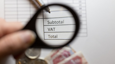 Can I deregister for VAT if my turnover falls below the VAT threshold?