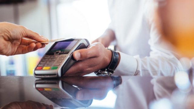 7 reasons why your business should take card payments