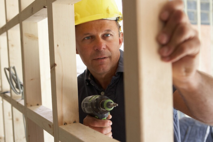 Government Delays VAT Rule Change for Builders