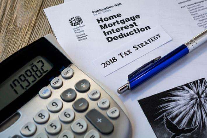Key tax dates for UK tax year 2018 - Handpicked Accountants